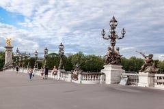 亚历山大三世桥梁巴黎法国 免版税库存照片