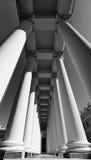 亚历山大宫殿的柱廊。 图库摄影