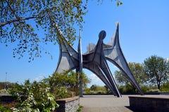 亚历山大・考尔德雕塑L ` Homme 免版税库存照片