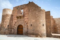 亚喀巴堡垒大门门  免版税库存图片