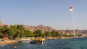亚喀巴,约旦01日2016年:玻璃小船 免版税图库摄影