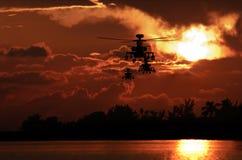 亚帕基印第安人形成直升机 免版税库存照片