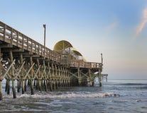 亚帕基印第安人海滩卡罗来纳州南加州桂的码头 库存照片
