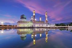 亚庇浮动清真寺 库存图片