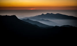 从亚当的高峰斯里兰卡的日出 库存照片