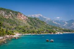 亚得里亚海的夏日海风景 库存图片