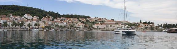 亚得里亚海的海岛赫瓦尔岛在克罗地亚 图库摄影