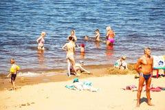 亚得里亚海的海滩意大利海运视图 免版税库存图片