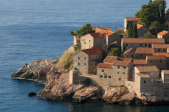 亚得里亚海的montenegro半岛海运st stefan 免版税库存照片