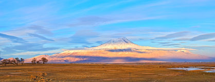 亚拉拉特山 免版税库存图片