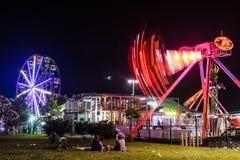 亚洛瓦市在夏夜里-土耳其游艺集市  库存照片
