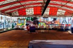 亚洛瓦市空的游艺集市  库存照片