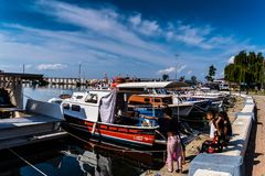 亚洛瓦马尔马拉-土耳其的小游艇船坞和海口 库存图片