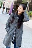 亚洲人街市女性愉快 免版税库存图片