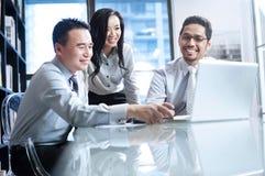 亚洲企业小组 免版税库存照片