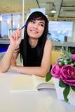 亚洲企业附注办公室妇女文字 库存照片