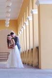 亚洲婚礼夫妇 免版税图库摄影