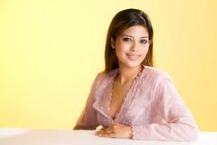 亚洲谦逊的回教妇女年轻人 免版税图库摄影