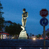 亚特兰提斯雕塑的人在布鲁塞尔,比利时 免版税库存照片