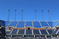 亚瑟Ashe体育场在比利・简・金国家网球中心准备好美国公开赛比赛 免版税图库摄影