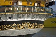 亚美利哥・韦斯普奇tallship,命名以美国的15世纪探险家和同名的人,在热那亚港口,意大利,欧洲 库存图片