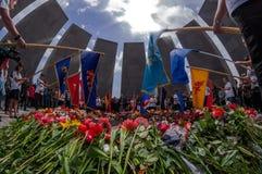 亚美尼亚种族灭绝纪念复合体亚美尼亚4月24日2015年,耶烈万 免版税图库摄影