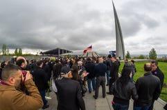 亚美尼亚种族灭绝纪念复合体亚美尼亚4月24日2015年,耶烈万 库存照片