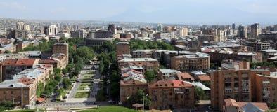 亚美尼亚顶房顶耶烈万 免版税库存照片