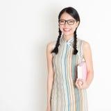 亚裔中国女大学生 免版税图库摄影