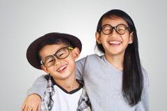 亚裔兄弟和姐妹 免版税库存照片