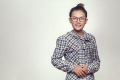 亚裔妇女微笑着 免版税图库摄影