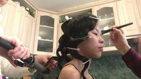 亚裔妇女画象有创造性的构成的 股票视频
