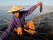 亚裔渔夫 免版税库存照片