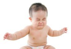 亚裔男婴哭泣 免版税库存图片