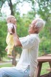 亚裔祖父 库存照片