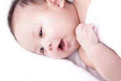 亚裔笑的婴孩 免版税库存照片