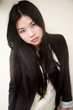 黑人战亚裔女_亚裔美丽的黑人女孩 免版税图库摄影