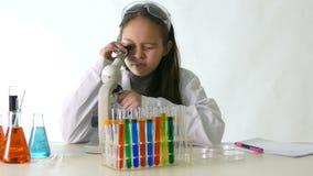亚裔美国人儿童科学家 股票录像