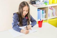亚裔美国人女孩在学校 免版税库存照片