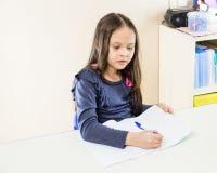 亚裔美国人女孩在学校 库存照片