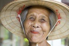 亚裔老妇人 免版税图库摄影