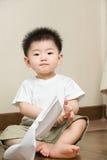 亚裔表达式小孩 免版税库存照片