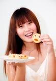 亚裔逗人喜爱的妇女 免版税库存照片