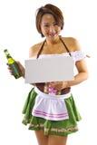 亚裔Oktoberfest女服务员 库存照片