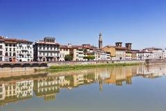亚诺河河在佛罗伦萨(佛罗伦萨),托斯卡纳,意大利 库存图片