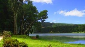 亚速尔群岛湖 免版税库存照片