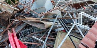 亚铁材料到再造废物汇集中心里 图库摄影