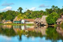 亚马逊密林村庄 免版税库存照片