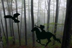 亚马逊战士妇女的剪影骑与的弓的一匹马 免版税库存照片
