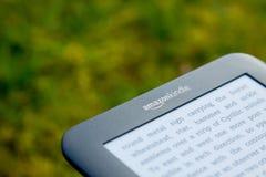 亚马逊e点燃阅读程序 免版税库存图片